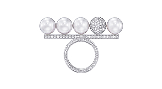 balance decade pearls & diamonds
